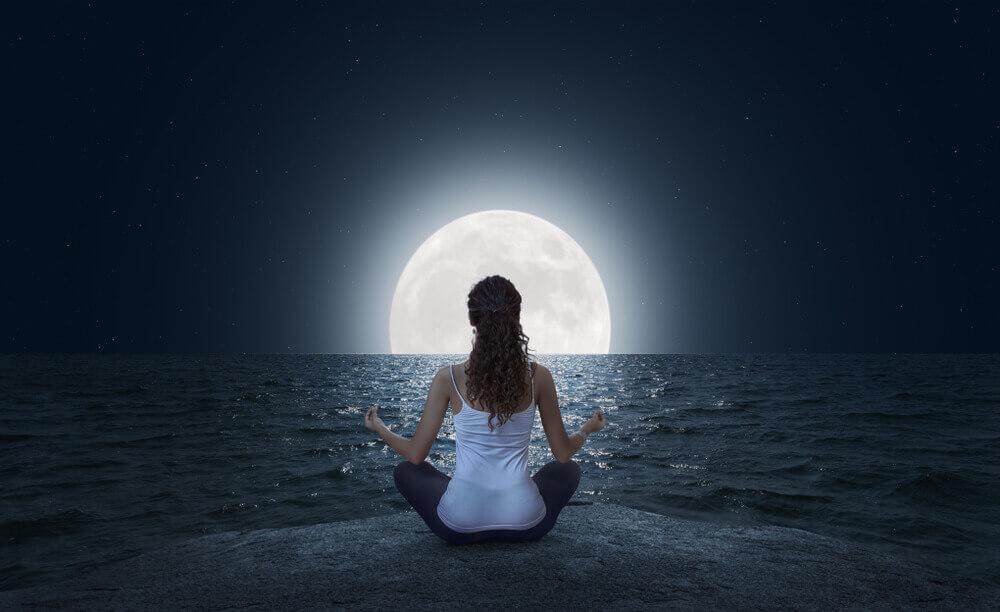 瞑想は寝る前にするといいことだらけ!驚きの効果と5分でできる方法